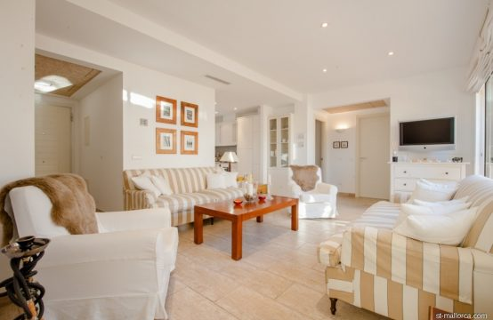 Modernes Meerblick Penthouse in Cala Fornells