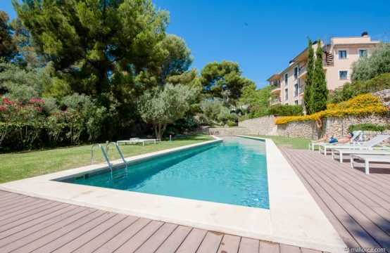 Garden apartment with 2 bedrooms in Camp de Mar