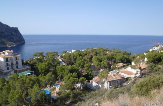 Build your DreamVilla in Cala Llamp