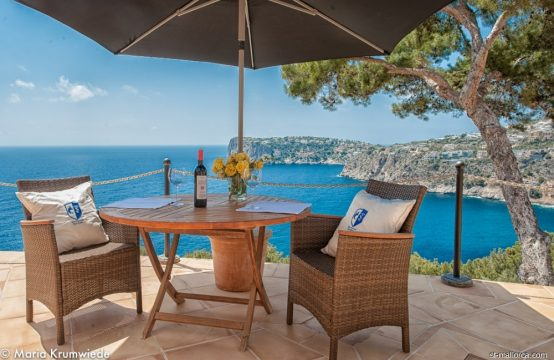 Mediterranean Villa with dream sea view in Port Andratx
