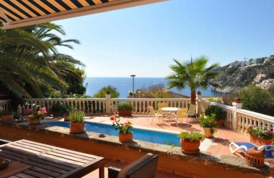 Beach Villa mit Meerblick in Puerto Andratx