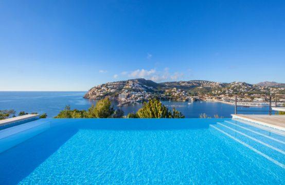 Mallorquinische Luxusvilla mit Traumblick über Puerto Andratx