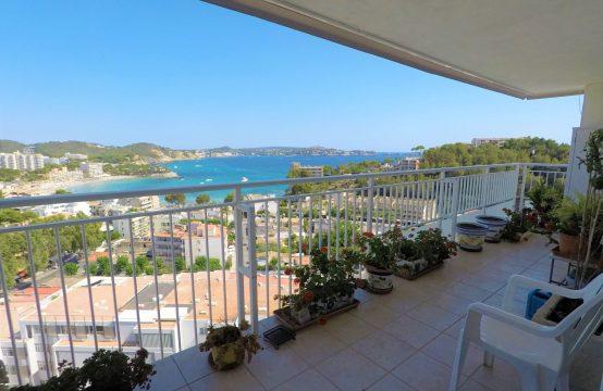 Apartamento con magníficas vistas al mar en Paguera