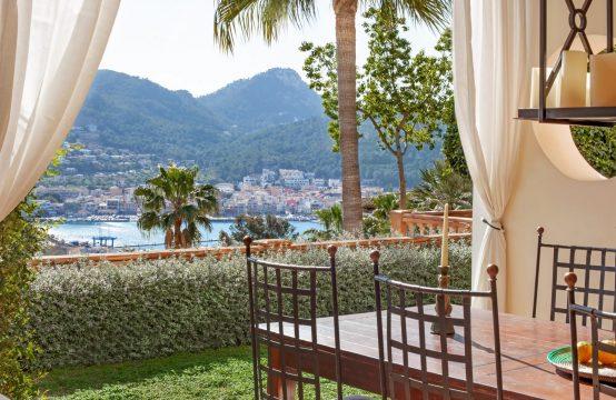 Puerto Andratx: Villa mit außergewöhnlichem Hafenblick n exklusiver Anlage