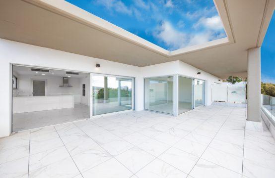 Santa Ponsa: Modern luxury penthouse with sea views